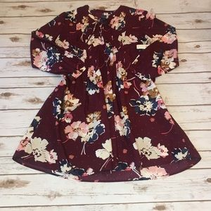 NWT Old Navy Floral long sleeve- Size Large